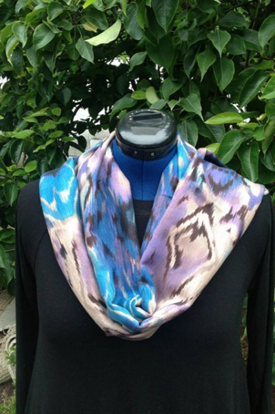 Fabric scarves for women with fashion prints and solids